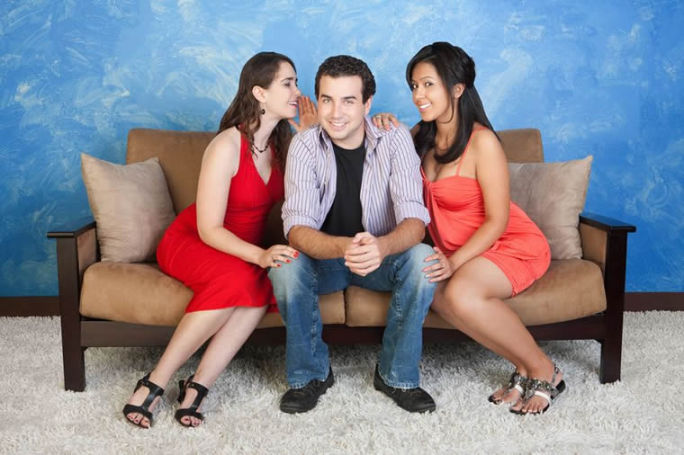 Monogamous dating polyamorous